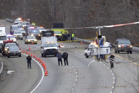 Unglück: Flugzeug stürzt auf US-Autobahn - fünf Tote - Nachrichten Panorama - Weltgeschehen - WELT ONLINE